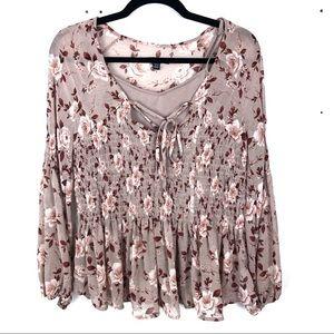 AMERICAN EAGLE floral longsleeve blouse S23